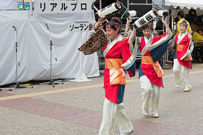 yosakoi1419_x660.jpg